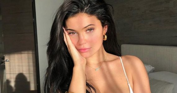 kylie jenner irreconocible sin maquillaje