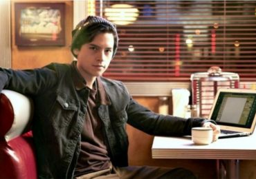 cole sprouse en riverdale