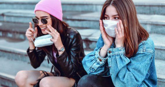 nevo sintoma covid 19 coronavirus lengua