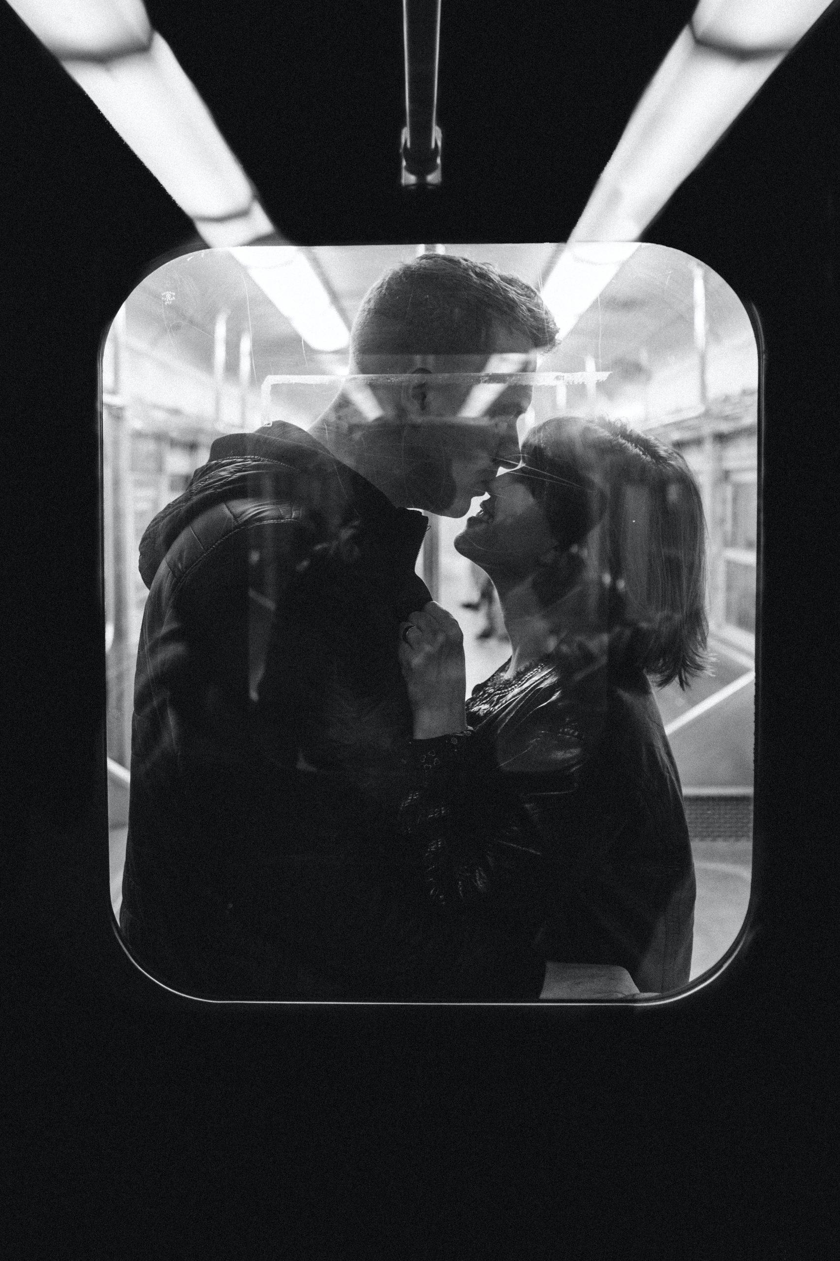 tipo besos da un chico enamorado