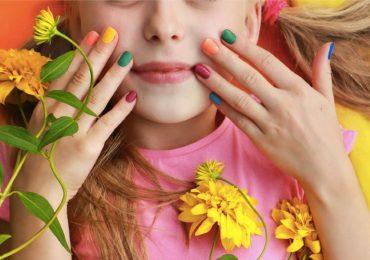 chico cuerpo test color uñas personalidad