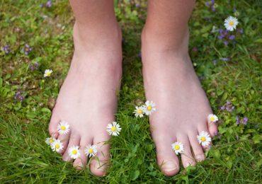 rasgos personalidad chicas aman estar descalzas