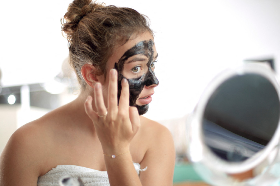 Mascarilla de carbón para la piel