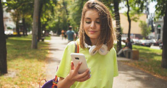 daños físicos usar celular exceso